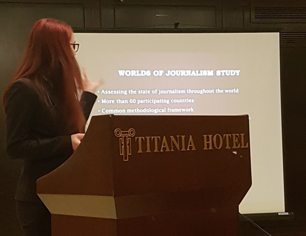 Lauriane Tremlay presenting the Worlds of Journalism Study